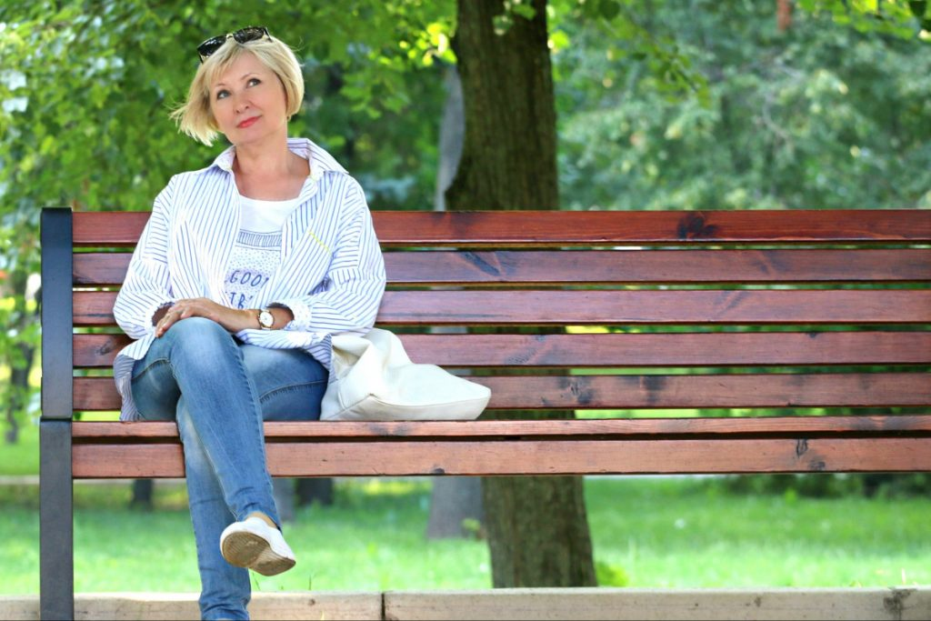 executive and life coaching for women pic of woman on park bench